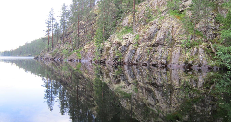 Mit dem Kanu durch die abgelegene Wildnis